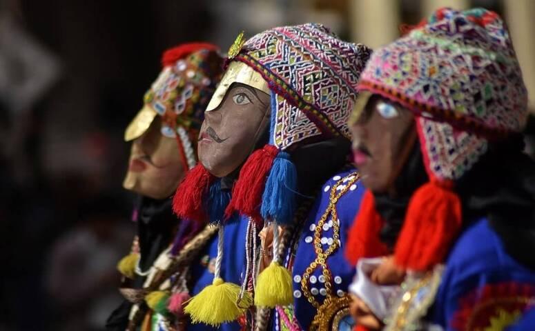 tres munecas peruanas