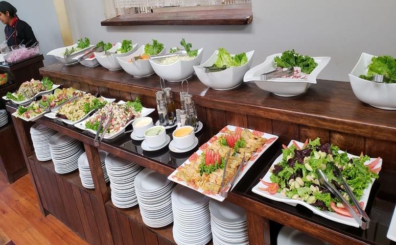 Mittagessen Buffet Heiliges Tal