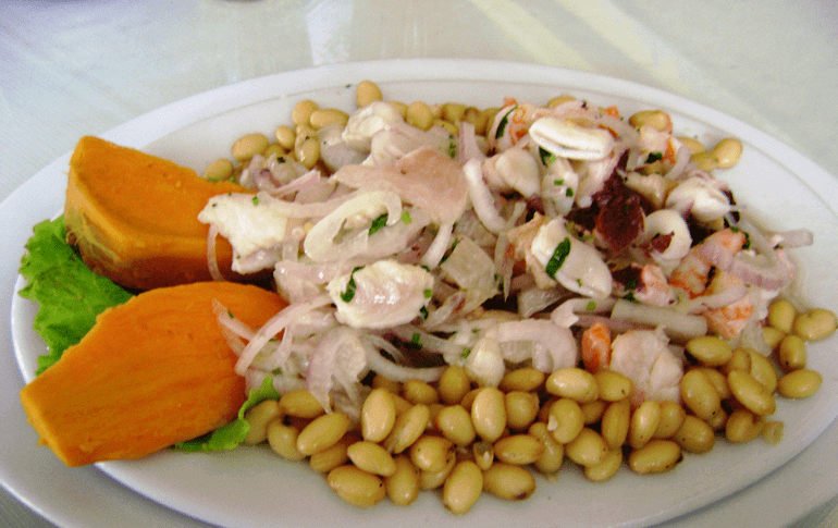 Ceviche with canchita and sweet potato