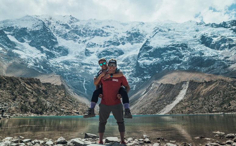 Couple at humantay lake